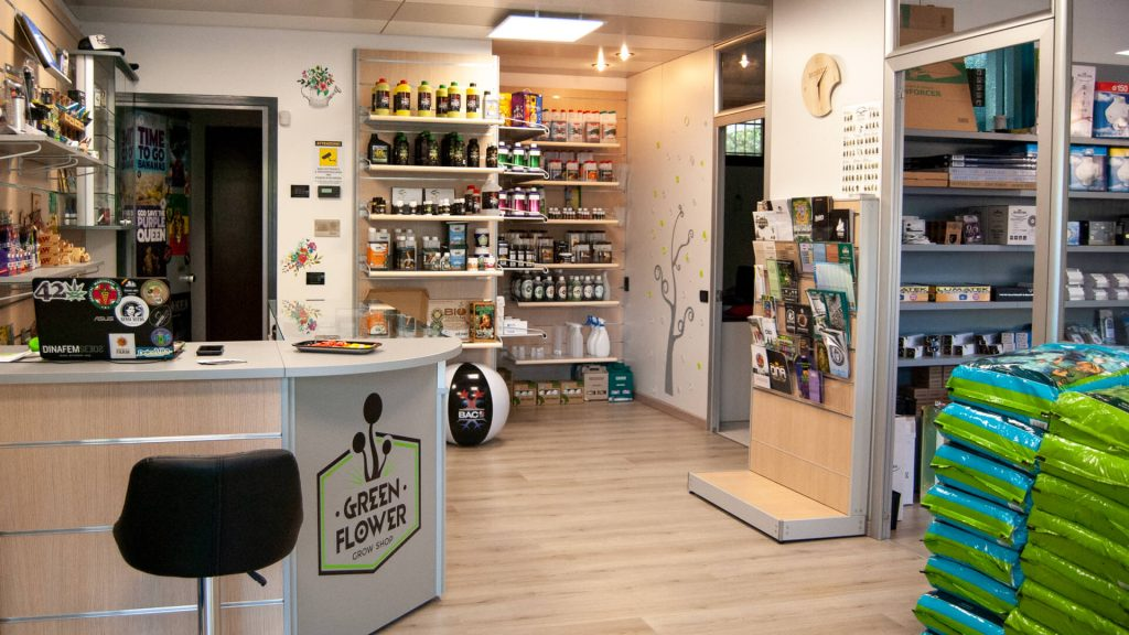 Entrata negozio green flower - grow shop Lecco, Monza, Como -1