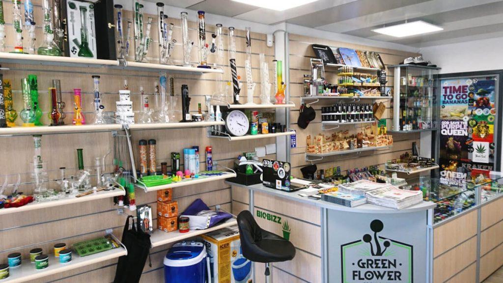 Interno grow shop - 3